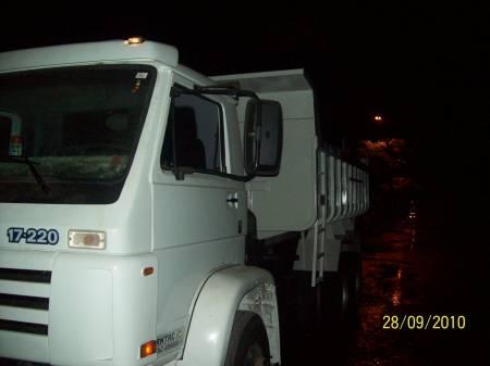 Fotos de Caminhão caçamba 2