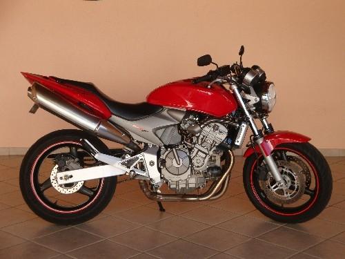 Fotos de Hornet 2005 vermelha 1