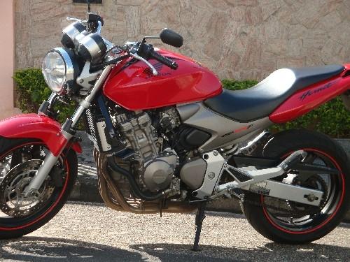 Fotos de Hornet 2005 vermelha 3