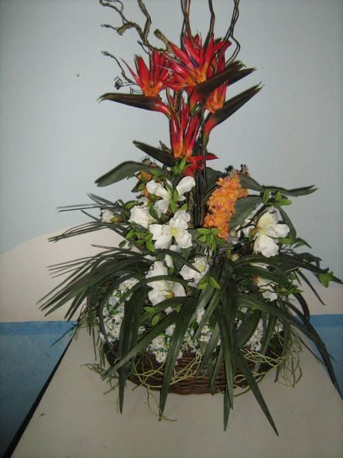 de flores artificiais em Belo Horizonte, Brasil  Casa  Jardim