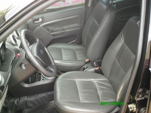 Fotos de Fiesta sedan 1.6 class 2009/2009 preto- com banco de couro 3
