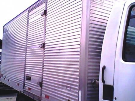 Vendo baú aluminio caminhão 3/4 ** novo **5.700,00** 2006