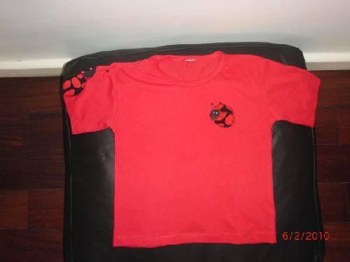 Camisetas em patchwork