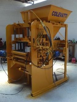 Maquina de fabicar blocos