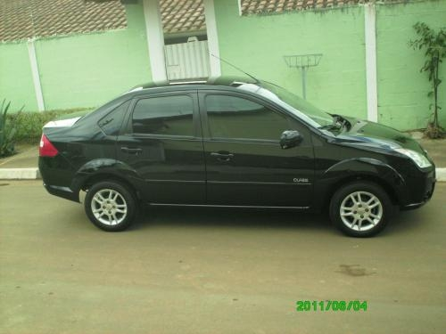 Fotos de Fiesta sedan 1.6 class 2009/2009 preto- com banco de couro 1