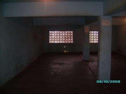 Aluga-se salão/galpão com 192 mts no jabaquara a 12 minutos do metro