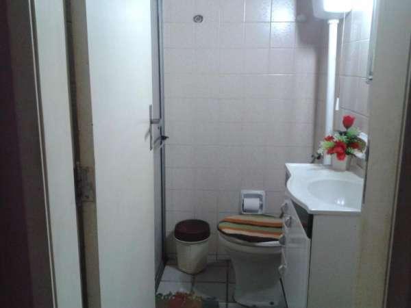 Apartamento térreo, com 2 quartos, ao do extra da av. mister hull