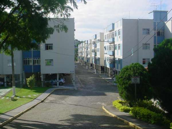 Apartamento de 2 dormitórios no estreito