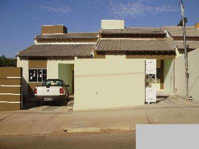 Vendo casa em varzea grande mt 3 qtos no bairro costa verde