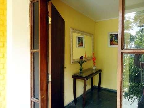 Casa mobiliada quartos compartilhados para rapazes em são paulo próximo ao metrô