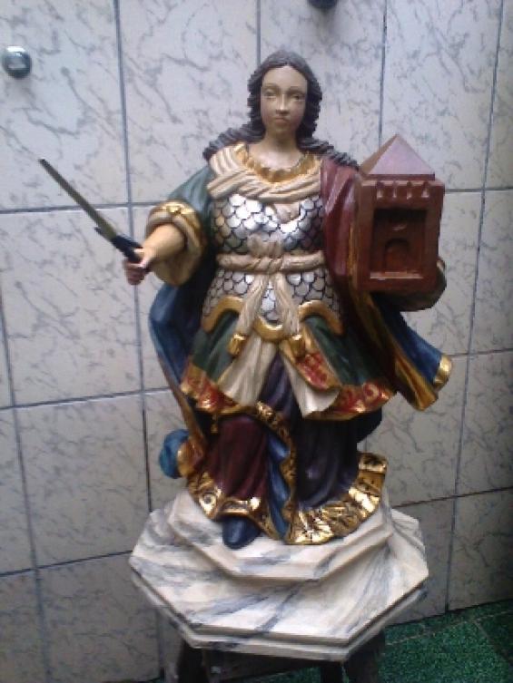 Compro antiguidades santos em madeira, marfim e barro,pratarias em geral