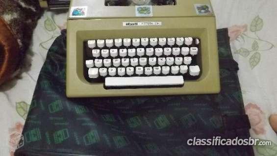 Fotos de Tenho para venda em bom estado maquina de escrever olivetti letteta 25 semi novo 3