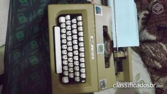 Fotos de Tenho para venda em bom estado maquina de escrever olivetti letteta 25 semi novo 5