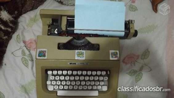 Fotos de Tenho para venda em bom estado maquina de escrever olivetti letteta 25 semi novo 6