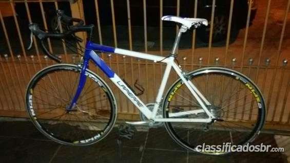 Tenho para venda em bom estado bicicleta speed excelente oferta