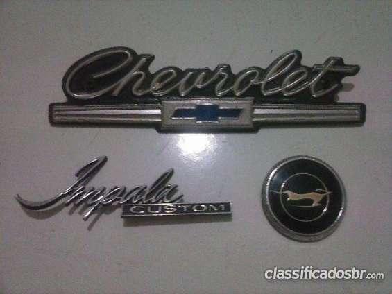 Estoy vendiendo a buen precio emblemas impala 1967 puede comprobar ahora