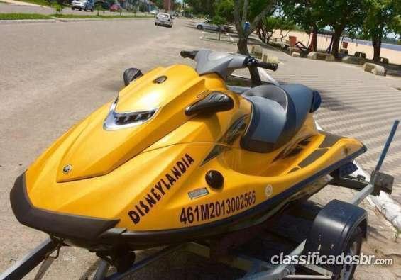 Tengo a la venta con poco uso jet ski yamaha vxr 1.8 180hp único dono 2013 oportunidad