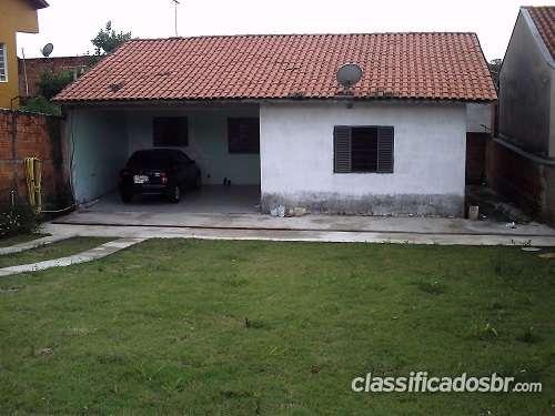Casa 2 dorms, amplo quintal, aceita financiamento - cidade satélite iris
